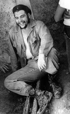 Che Laughing by Alberto Korda I think he was so attractive.