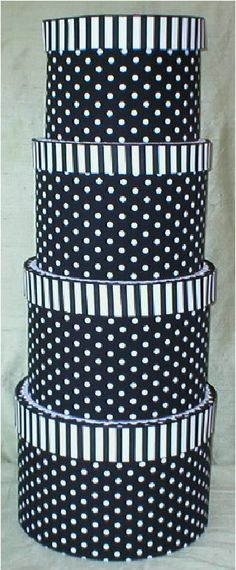 I love polka dots and I love hat boxes. so this is win-win! Vintage Hat Boxes, Connect The Dots, Pretty Box, Love Hat, Black N White, Hat Pins, Keepsake Boxes, Fun To Be One, All The Colors