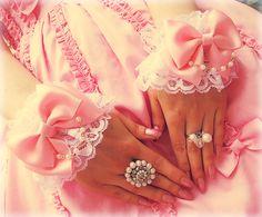White Lolita Wrist cuffs