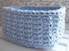 Hranatý košík NÁVOD – Veľká vlna Crochet Baby, Knit Crochet, Merino Wool Blanket, Floor Pillows, Carpet, Plaid, Knitting, Mandala, 3d