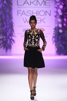 Varun Bahl. LFW A/W 14'. Indian Couture.