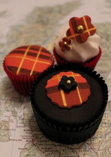Tartan cupcakes are beautiful and delicious!
