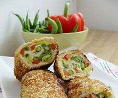 Kolorowe roladki - PrzyslijPrzepis.pl Healthy Recepies, Pork Dishes, Food Humor, Special Recipes, Savoury Dishes, International Recipes, Food Photo, Food Inspiration, Food And Drink