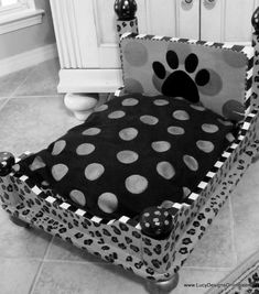How To Make A Dog Bed From A Table!! So Easy!❤️