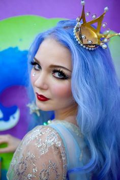 Doe Deere of Lime Crime Makeup. Pastel blue-to-purple ombre hair.
