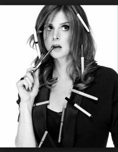 Sarah Rafferty aka Donna Paulsen on Suits :D Serie Suits, Suits Tv Shows, Sarah Rafferty, Donna Harvey, Donna Suits, Donna Paulsen, Gabriel Macht, Gorgeous Redhead, Great Women
