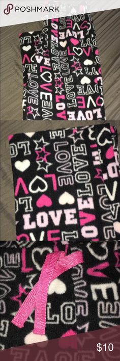 LOVE pajamas LOVE pajamas are comfortable pants that are all fleece.           Only has been worn twice or maybe 3 times.                            Fun to just lounge in or to lay around on the coach all day.       Offers will be looked at, reasonable ones will be accepted.       Bundles will be looked at and set at reasonable prices.            Only delivers in U.S.🇱🇷 total girl Intimates & Sleepwear Pajamas