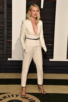 Naomi Watts | Y aquí está lo que cada quien llevó puesto en las fiestas después de los Oscares