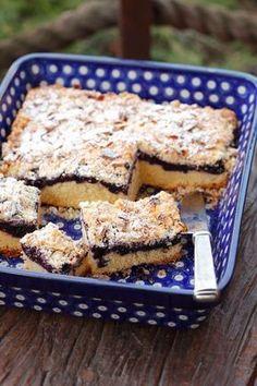 Jogurtový koláč s černicami | Recepty.sk