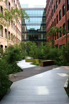 CourtSquare-02b « Landscape Architecture Works | Landezine