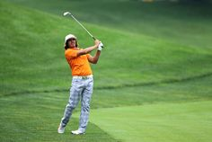 Rickie Fowler in funky Puma golf trousers! Rickie Fowler, Golf Stuff, Golfers, Athletes, Rocks, Trousers, Sports, Design, Trouser Pants