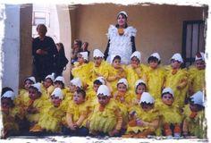 Disfraz colegial de animales | IDEAS DISFRAZ  Con bolsas amarillas http://www.multipapel.com/subfamilia-bolsas-basura-colores-para-disfraces.htm