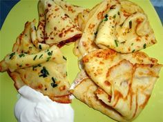 Thin pancakes with potatoes - My favorite recipes Vegetable Pancakes, Potato Pancakes, Thin Pancakes, Tasty Pancakes, Crepe Recipes, New Recipes, Cooking Recipes, Vegetable Recipes, Vegetarian Recipes