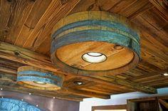 LED Weinkeller Beleuchtung im Weinfass integriert, Garni Hotel Somvi #weinkeller #hotelbeleuchtung #custommade #handcracted #handmade