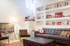 Built-in shelves for boys' bedrooms