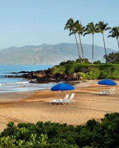 Located on the pristine white sands of Wailea, the Fairmont Kea Lani is perfect for a Hawaiian getaway!