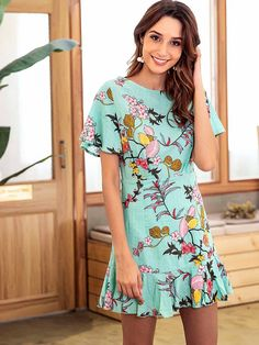 To find out about the Floral Print Ruffle Hem Dress at SHEIN, part of our latest Dresses ready to shop online today! Casual Dresses, Casual Outfits, Fashion Dresses, Floral Skater Dress, School Dresses, Western Dresses, Latest Dress, Cotton Dresses, I Dress