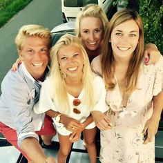 IK WIL ZOMER TERUG! ☀️ #tb #summer #2015 #bbq #instuif #family #friends #selfie #selfiestick #defender #crazy #love