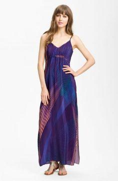 Flowy dress style