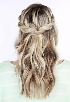 A bunch of cute hairstyles for a dance!! 36 Curly Prom Hairstyles That Will Make Heads Turn | Divine Caroline