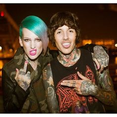 Jeffree Star and Oli Sykes - jeffree looks so chill and cool and then there's oli he's so derpy Emo Bands, Music Bands, Music Is Life, My Music, Beautiful Men, Beautiful People, Beauty Killer, Bae, Oli Sykes