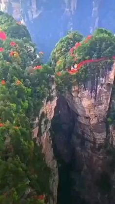 Beautiful Places To Travel, Wonderful Places, Oh The Places You'll Go, Cool Places To Visit, Video Nature, Paradise On Earth, Vacation Places, Nature Pictures, Amazing Nature