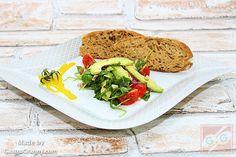 Egy koleszterin-szint csökkentő étel: Paradicsomos avokádó saláta – GastroGranny receptjei videóval Tacos, Mexican, Ethnic Recipes, Instagram Posts, Food, Essen, Meals, Yemek, Mexicans