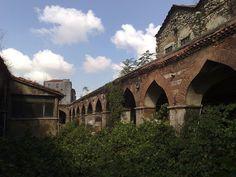 Rüstem Paşa Kervansarayı (Kurşunlu Han, built in 1561 by Mimar Sinan) - Karaköy, Istanbul.