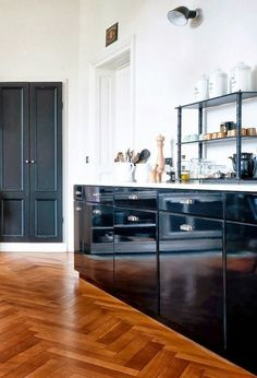 MFAMB kitchen of the day - black cabinets, herringbone wood floor Black Kitchen Cabinets, Painting Kitchen Cabinets, Black Kitchens, Home Kitchens, Kitchen Black, Neutral Kitchen, Floors Kitchen, Glossy Kitchen, Colorful Kitchens