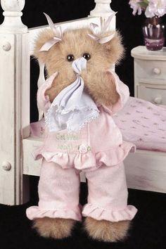 Sicky Vicky, teddy bear in pink pajamas