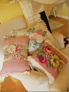 Rhondi is having a Pillow Party today. Isn't that fun! I love pillows. They're such an easy and inexpensive way to change the look of a room. Please go to Rhondi's Rose Colored Sewing Pillows, Diy Pillows, Throw Pillows, Shabby Chic Pillows, Vintage Pillows, Vintage Linen, Vintage Floral, Embroidery Designs, Crewel Embroidery