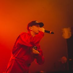 """Video: Logic – """"Fade Away"""" (Live on The Tonight Show)"""