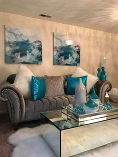 Interior Living Room Design Trends for 2019 - Interior Design Silver Living Room, Living Room Turquoise, Teal Living Rooms, Living Room Decor Cozy, Living Room Grey, Home Living Room, Living Room Designs, Bedroom Decor, Living Room Ideas Grey And Blue