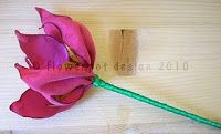 Tutorial - How to Make Stemmed Taffeta Fabric Flowers
