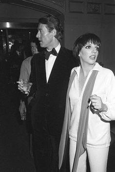 Halston & Liza Minnelli, Studio 54 Love unplanned Papp shot but fab Marcello Mastroianni, Studio 54 New York, Night Club, Night Life, Cannes, Liza Minnelli, Star Wars, Black And White Design, Glamour
