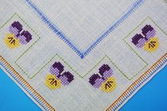 Well done vintage 1950s handmade cross-stitch by NORDICARTLINENS