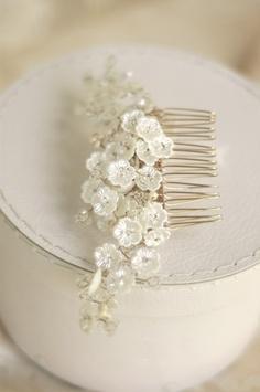 Bridal hair comb by Parant Parant