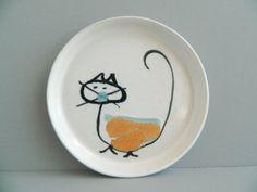 Bennington Potters Modernist Cat Plate by LupesLounge on Etsy - $42