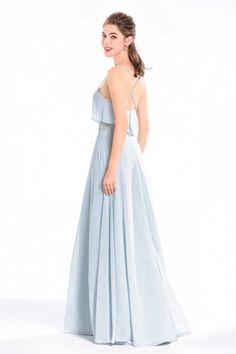 b234ad6461f0a Robe longue de soirée bleu sérénité top à volants avec fines bretelles  style lingerie