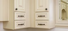 Kensington cabinet knob & pull from Jeffrey Alexander by Hardware Resources