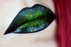 Your description here Green Makeup, Makeup Looks, Festive, Universe, Eyeshadow, Lipstick, Beauty, Make Up Green, Eye Shadow