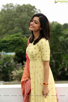 Rashmika Mandanna Image Stills during Geetha Govindham Movie Interview - Get HD Gallery Info Cotton Dress Indian, Dress Indian Style, Blue Silk Saree, Casual Frocks, Long Dress Design, Most Beautiful Bollywood Actress, Frock Fashion, Simple Sarees, Designs For Dresses