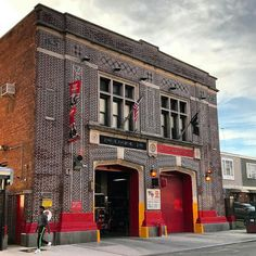 FEATURED POST   @mcl212 -  The Quarters of Engine 290 and Ladder 103 Shieffield & Livonia East New York Brooklyn. #fdny .  ___Want to be featured? _____ Use #chiefmiller in your post ... http://ift.tt/2aftxS9 . CHECK OUT! Facebook- chiefmiller1 Periscope -chief_miller Tumblr- chief-miller Twitter - chief_miller YouTube- chief miller .  #firetruck #firedepartment #fireman #firefighters #ems #kcco  #brotherhood #firefighting #paramedic #firehouse #rescue #firedept  #workingfire #feuerwehr…