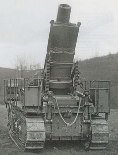 "byzantinefox: "" "" qsy-complains-a-lot: "" "" qsy-complains-a-lot: "" Mortier de 280 Tir Rapide Schneider sur Affût-Chenilles St Chamond Manufactured by Schneider. Bunker, Ambulance Truck, Railway Gun, French Army, Big Guns, Chenille, Military Weapons, World War One, Armored Vehicles"