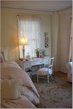 Pacific Heights apartment, Rachel Ashwell Shabby Chic (source: daughter)