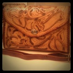 Vintage Leather Purse REDUCED FINAL!!! Beautiful vintage embossed leather purse great condition just beautiful Vintage Bags
