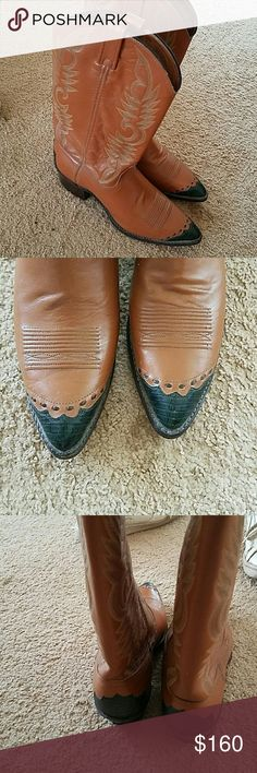 DAN POST cowboyboots 2 tone dan post leather cowgirl boots size 10 M Line new made in Usa 160 obo worn 3 times if that Dan Post Shoes Heeled Boots