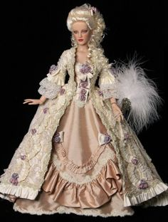 About Jacquline de Bellefort: My Valentine gift, a STUNNING OOAK Louis style gown made by Cindy of REDSILK THREAD.....Cindys work is always beautiful, prefect details.  This is one of 7 that I own.  LOVE her work.