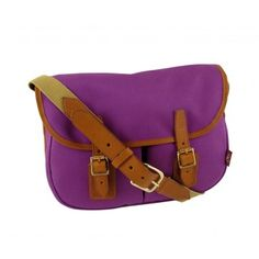 The Mayfly is an ideal everyday shoulder bag. Our bonded cotton canvas is waterproof and also treated with a water repellent coating.   http://www.chapmanbags.com/women/mayfly-satchel.html