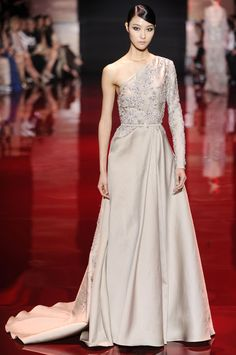add816698f7 6 Wedding-Worthy Dresses From Elie Saab s Haute Couture Show Elie Saab  Couture